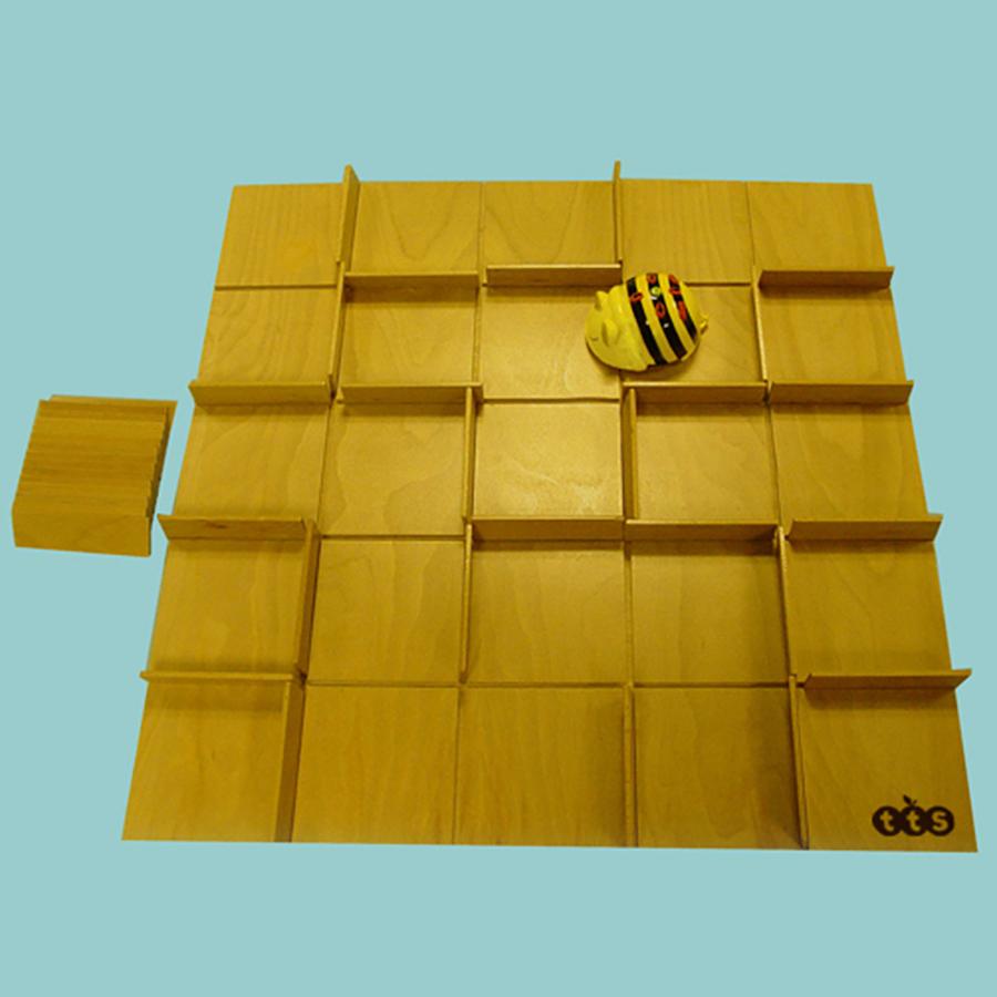 Buy Bee Bot 174 And Blue Bot 174 Changeable Maze Tts