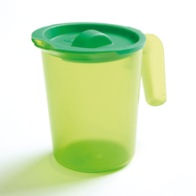 Polycarbonate Easy Pour 500ml Jug with Lid  medium