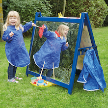 Toddler's Double Mirror And Acrylic Easel  medium