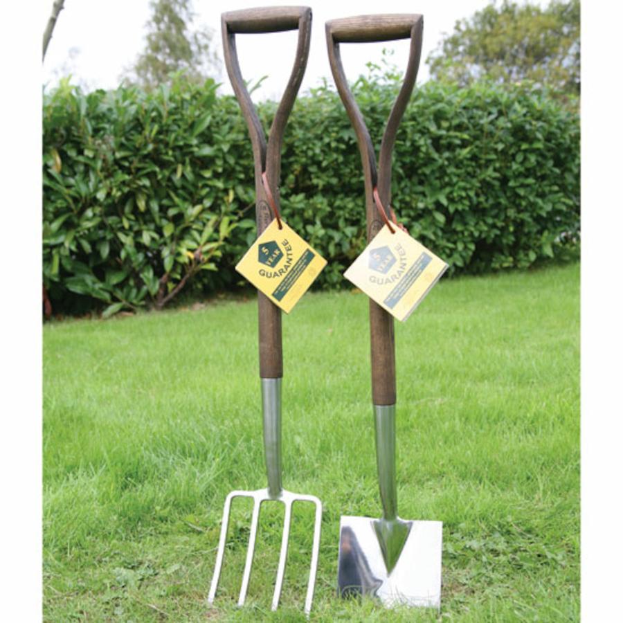 ks2 gardening tools