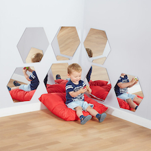 Hexagonal Mirrors Diameter 50cm 7pk  medium