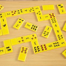 Giant Dominoes Numbers and Bugs Set 28pcs  medium