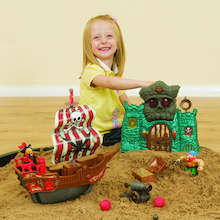 Small World Pirate Adventure Play Set  medium