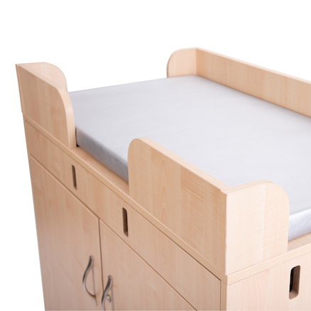 Walk Up Changing Table with Antibac Mat  large
