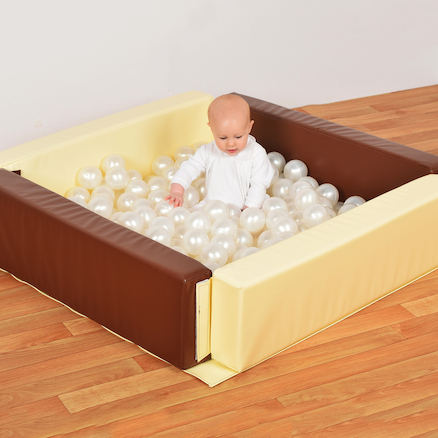 Neutral Ball Pit with 250 Balls  large