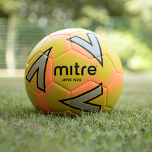 Mitre Impel Plus Footballs and Bag Size 5 12pk  medium