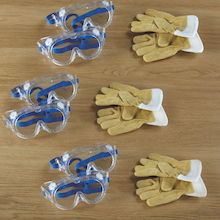 Goggles and Gloves 9pcs  medium