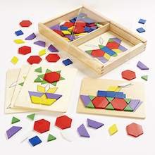 Wooden 2D Shapes and 5 Pattern Boards  medium