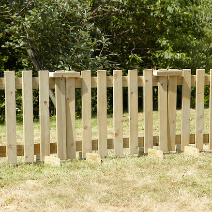 Outdoor Wooden Portable Fence Panels 7pk and Gate  large