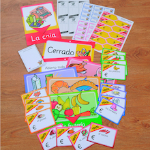 Spanish Going Shopping Role Play Pack  medium