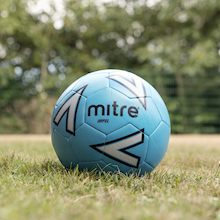 Mitre Impel Footballs and Storage Bag 12pk Size 4  medium