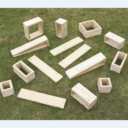 Giant Outdoor Wooden Hollow Blocks 15pk  large