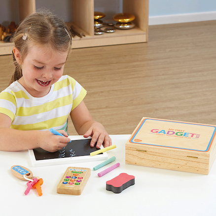Role Play Wooden Gadget Box  large
