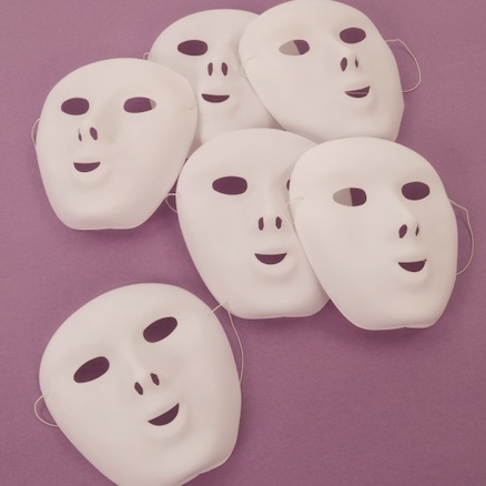White Plastic Face Masks 10pk  large