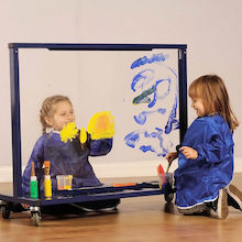 Manoeuvrable Clear Acrylic Painting Easel  medium