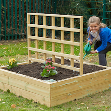 Wooden Planters with Trellis  medium
