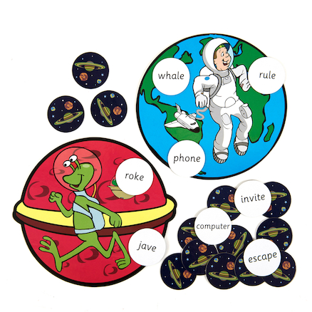 Astronauts and Aliens\-Split Vowel Digraphs  large