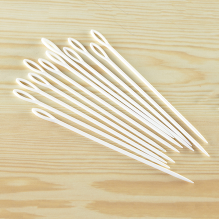 Plastic Sewing Needles 24pk  large