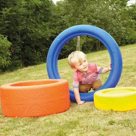 Play Tyres 3pk  large