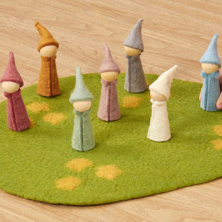 Earth Gnomes 7pk  large