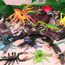 Replica Minibeast Insects 20pk  medium