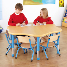 Copenhagen Flower Shaped Classroom Table  medium
