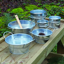 Metal Cans and Tubs 6pcs  medium