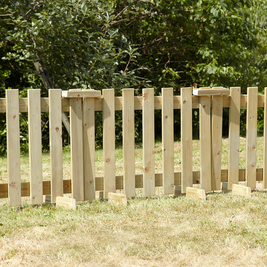 Buy outdoor wooden fence panels and room dividers tts for Wooden garden fence
