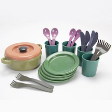 Green Bean Recycled Role Play Dinner Set  medium