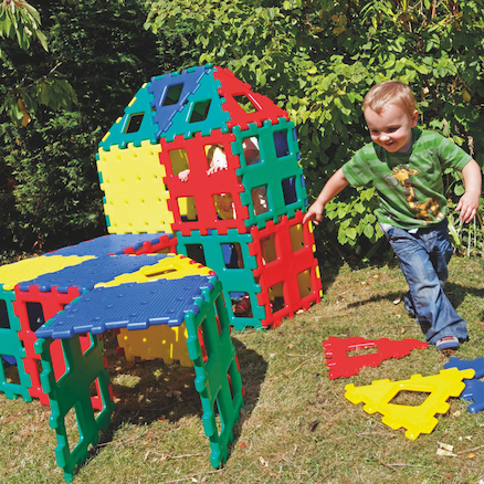 XL Giant Outdoor Polydron  large