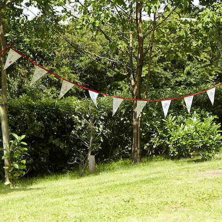 Outdoor DIY Make Your Own Bunting  large