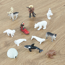 Small World Arctic Animal Set 10pcs  medium